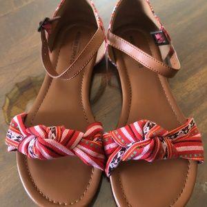 Size 7.5 Sandal
